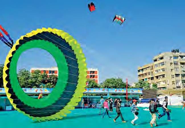 club_celebrate_kites_festivals