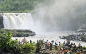 saputara waterfall inner4