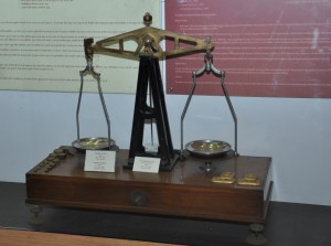 3 contentimg Gold Weighning Scale Heritage Gallery