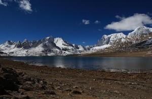 Cholamu Lake1