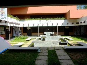 Courtyard of the Tibetan Centre Auroville 01