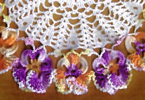 Crochet Embroidery 9422