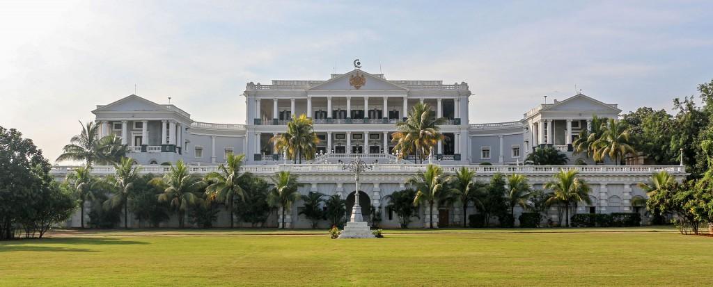 Falaknuma_Palace