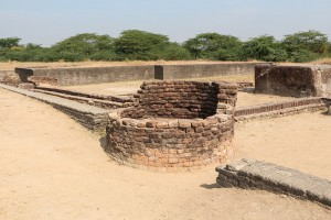 Lothal   ancient well