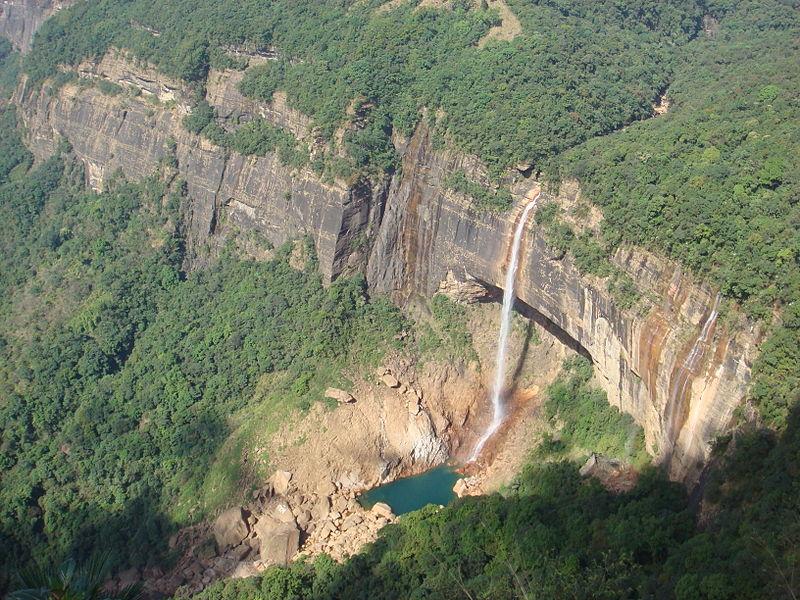 Nohkalikai_Falls