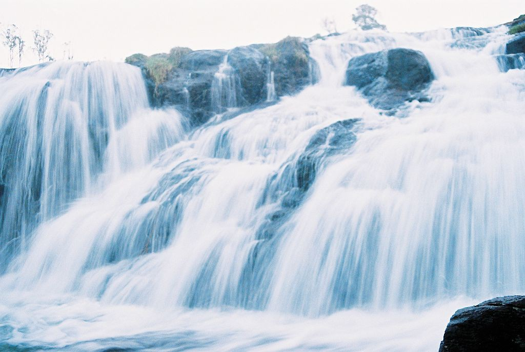 Pykara_waterfalls