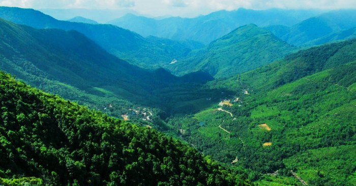 The-beautiful-hills-of-Haflong-in-Assam