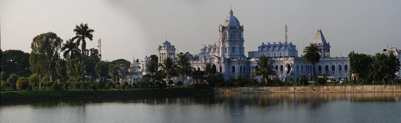 Ujjayanta_palace_panorama