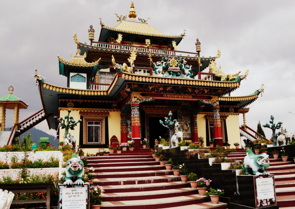 bomdila-chilipam-monastery-front