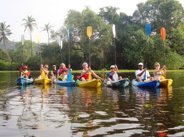 goa-kayaking