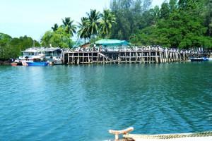 mahatma gandhi marine national park andaman and nicobar islands india