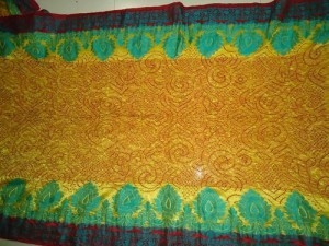 tie and dye bandhani in gujarat dyeing is a hereditary art