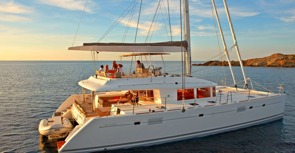 yacht-on-rent-in-goa