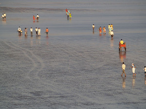 Alibag Walking the Sea