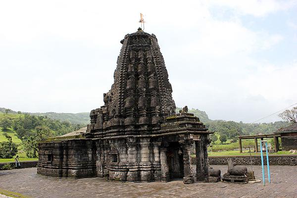 Amriteshwar_temple