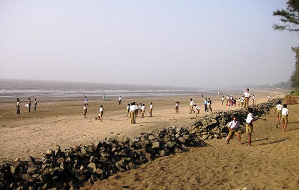 DAHANU-BEACH