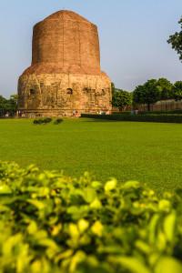 Dhamek Stupa Sarnath e1465550537835