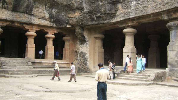 Elephanta_Caves,_Mumbai