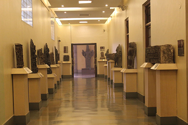 Entrance_gallery_national_museum_india