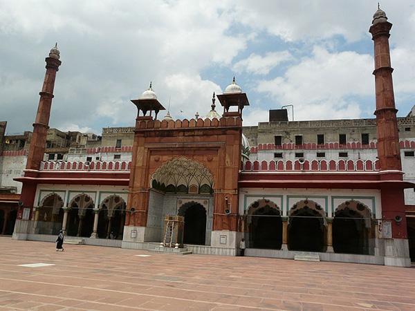 Fatehpuri_Masjid