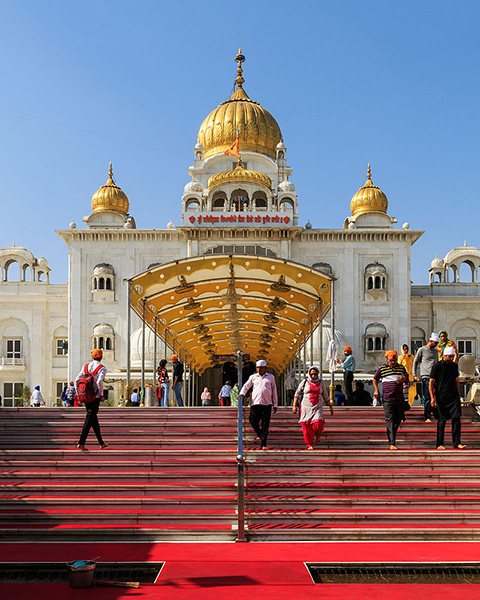 Gurudwara_Bangla_Sahib_in_New_Delhi