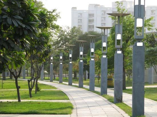 Lohia-park-joggers-track