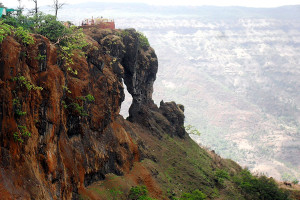 Needle Hole Point Mahabaleshwar