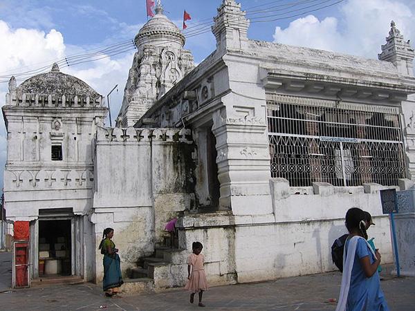 Rajiv_Lochan_Temple