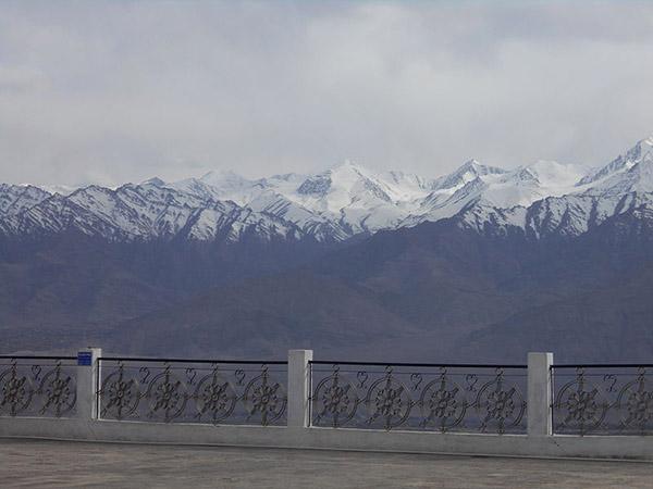 Shanti_Stupa (3)