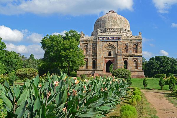 Shisha_Gumbad_(Lodhi_Gardens)