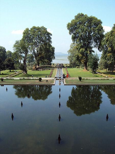 Srinagar_-_Shalimar_Gardens