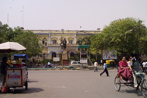 Town_hall,_Chandni_chowk,_Delhi_by_ashish