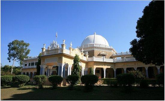 kawardha-palace