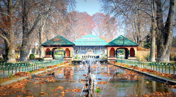 Places to Visit in Jammu & Kashmir